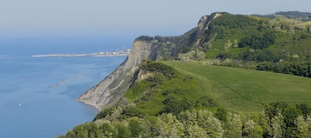 Veduta dal Parco Naturale del Monte San Bartolo